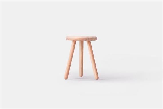 極簡圓檯凳